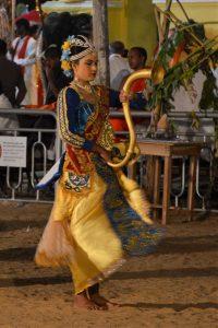 Klederdracht Olifant Perahera of Esala festival, Katharagama, Yala Nationaal Park, Sri Lanka, Mango Travel